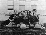 Girls' basketball team 1912-13
